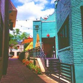 the blue alley (Overton Square)